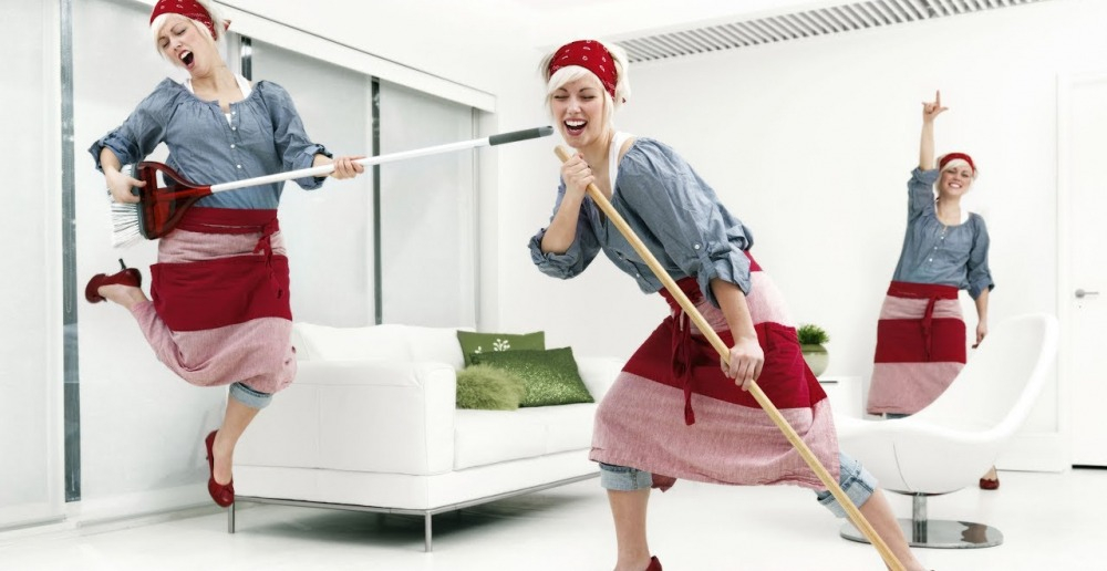 Веселая уборка .Правильная уборка дома - YouTube
