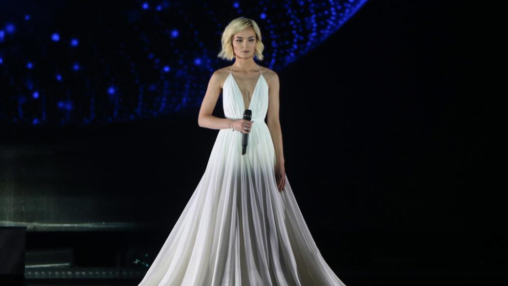 Полина Гагарина расплакалась после выхода в финал «Евровидения ...