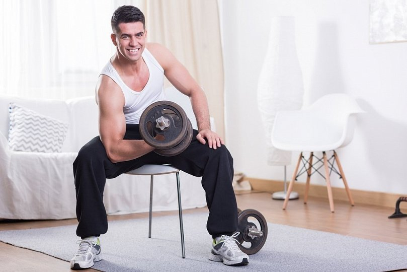 программа упражнений с гантелями