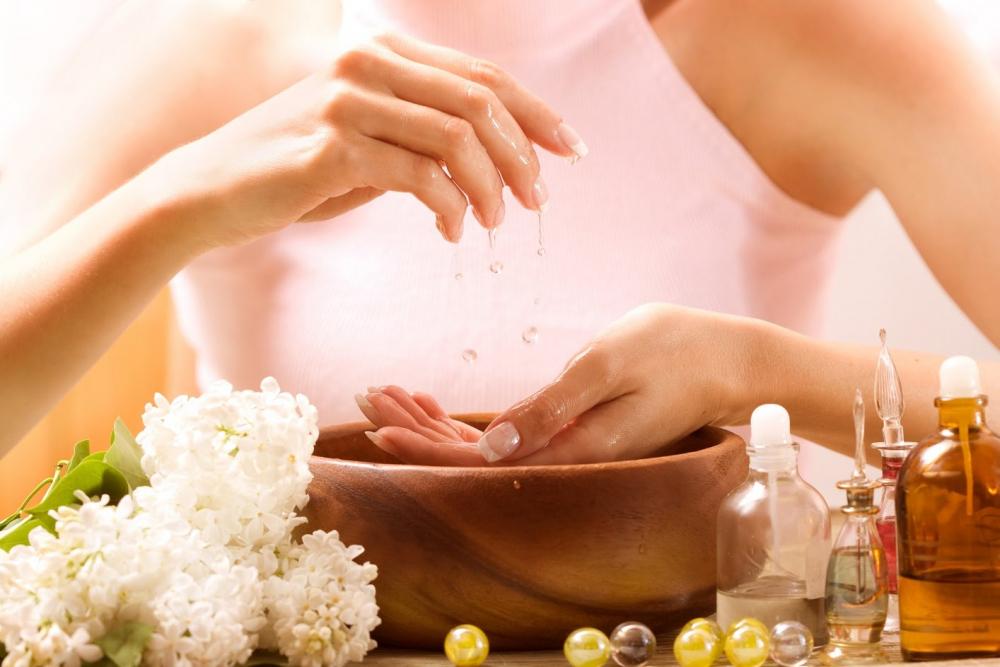 шелушение кожи на пальцах рук причины