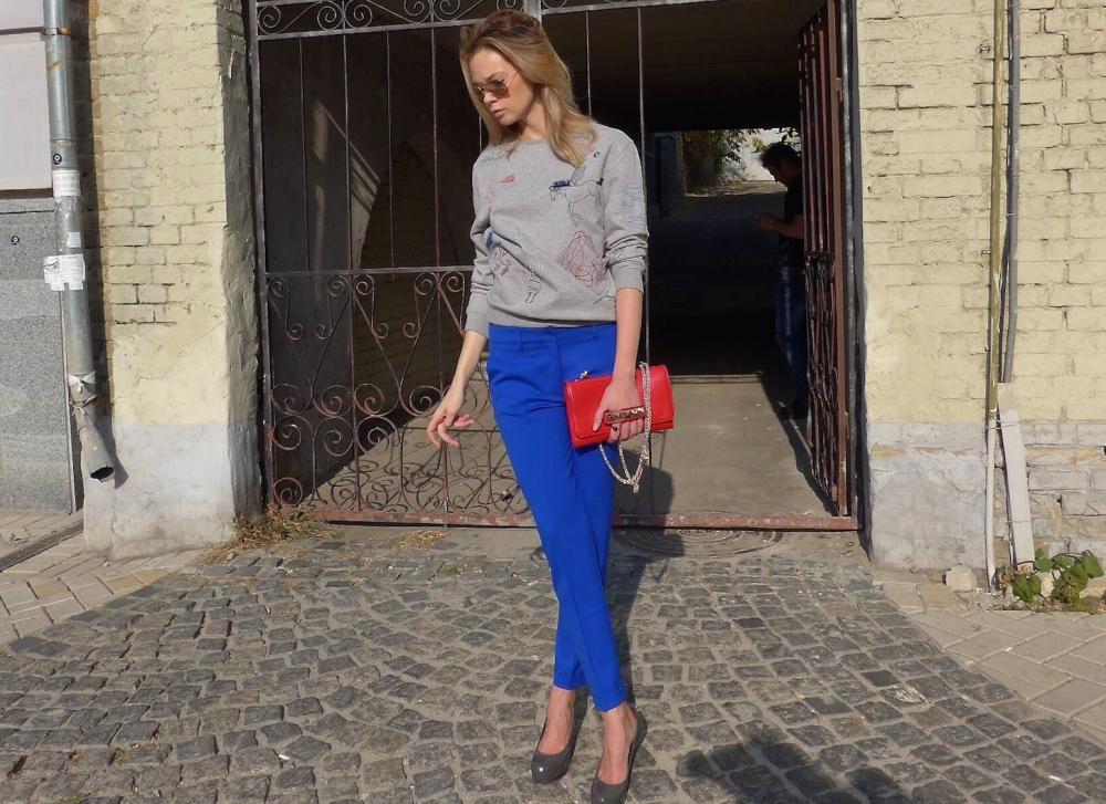 синие брюки женские с чем носить (главный ключ)