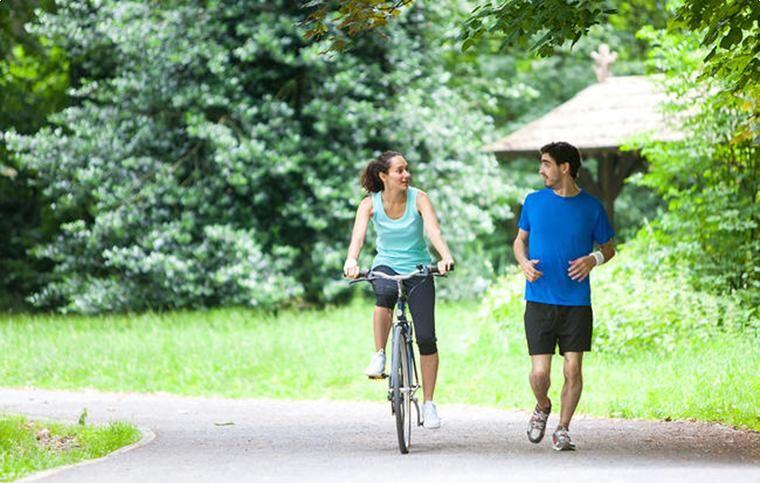 7 причин почему езда на велосипеде лучше бега | Бег, Мотивация ...
