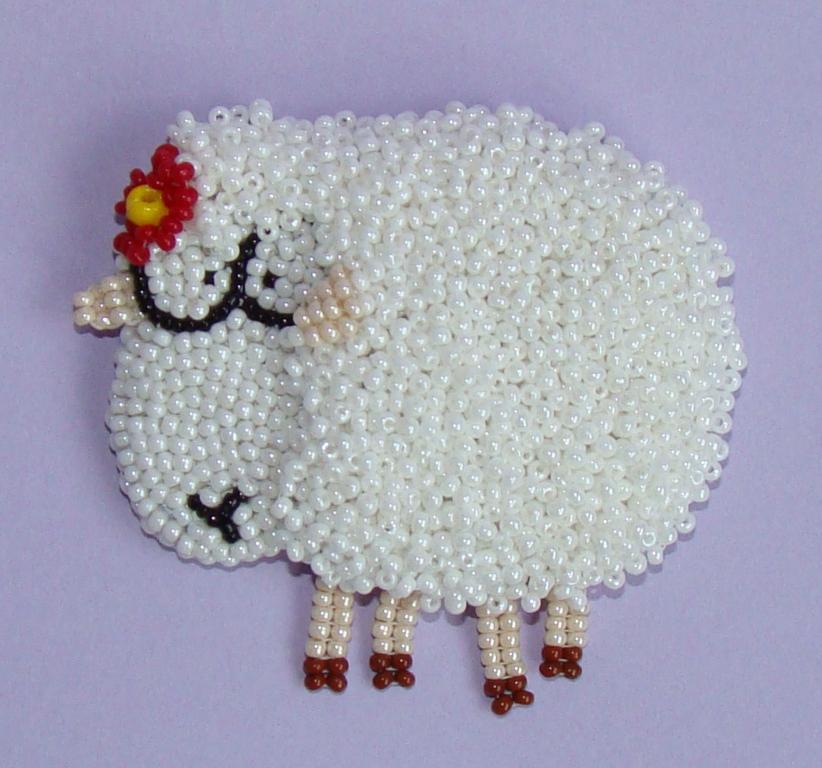 Варианты плетения овечек из бисера