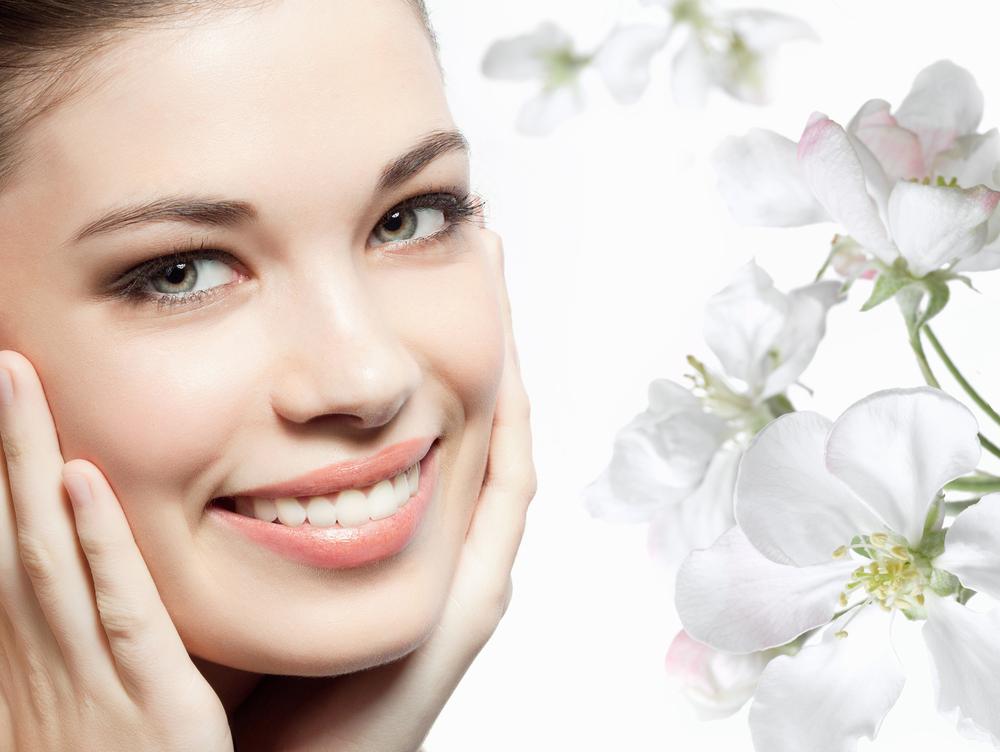 Маски для лица весной: пусть кожа засияет
