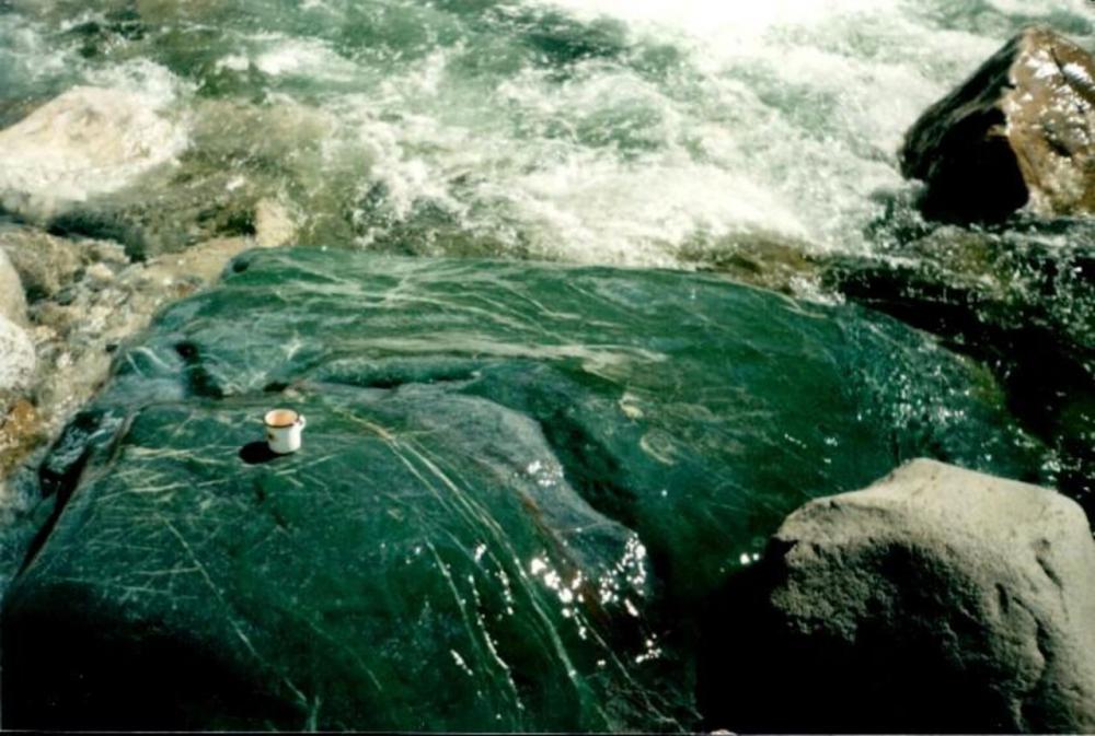 Однажды в Рыбинске » В Бурятии изъяли 30 тонн ценного нефрита