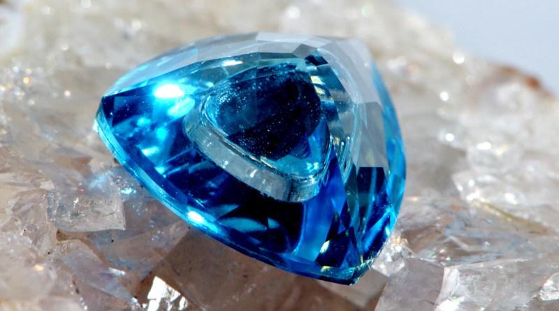 Камень Топаз: свойства, фото, знак зодиака, цвет и значение