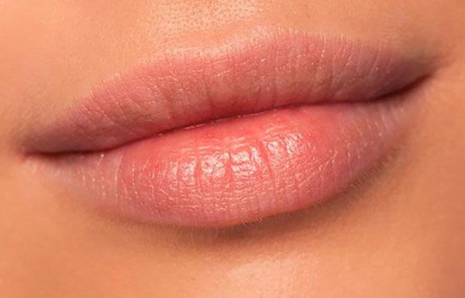 Пухлые губы